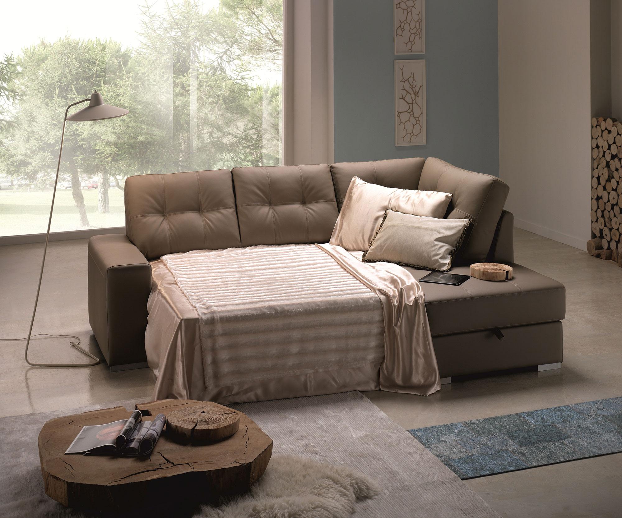 Arredo casa oristano divano angolare letto con penisola for Divano angolare letto e contenitore